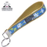 WRISTLET KEYCHAIN - RETRO DAISIES ON BLUE